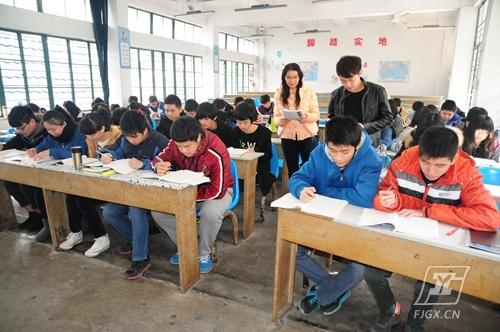 福建工业学校2015年春季高考再传捷报